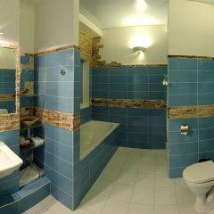 Гостиница Bonbon Hotel Украина, Донецк - отзывы, цены и фото номеров - забронировать гостиницу Bonbon Hotel онлайн ванная