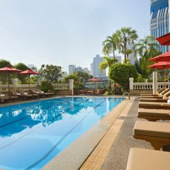Boulevard Hotel Bangkok бассейн
