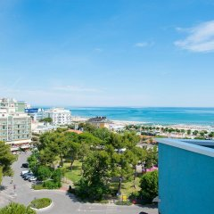 Отель Cristallo Италия, Риччоне - отзывы, цены и фото номеров - забронировать отель Cristallo онлайн пляж фото 2