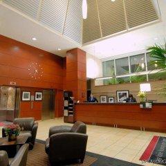 Отель Hampton Inn and Suites by Hilton, Downtown Vancouver Канада, Ванкувер - отзывы, цены и фото номеров - забронировать отель Hampton Inn and Suites by Hilton, Downtown Vancouver онлайн интерьер отеля фото 3