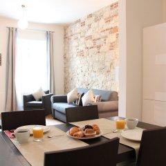 Апартаменты MH Apartments River Prague комната для гостей