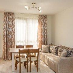 Апартаменты Alexandrovi Apartment in Cascadas Complex Солнечный берег комната для гостей фото 2