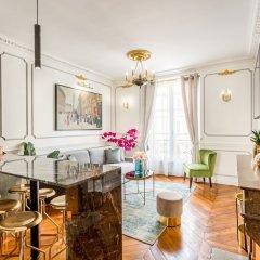 Отель Luxury 2 bedroom 2.5 bathroom Louvre Франция, Париж - отзывы, цены и фото номеров - забронировать отель Luxury 2 bedroom 2.5 bathroom Louvre онлайн фото 17