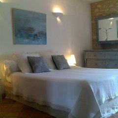 Отель Le Mas de la Treille Bed & Breakfast комната для гостей фото 4