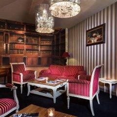 Отель Hôtel Claridge развлечения