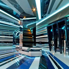 V Hotel Dubai, Curio Collection by Hilton фитнесс-зал фото 2