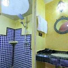 Отель Chez Family Bidouin Merzouga Марокко, Мерзуга - отзывы, цены и фото номеров - забронировать отель Chez Family Bidouin Merzouga онлайн ванная фото 2