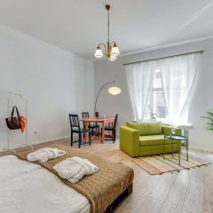 Апартаменты Lion Apartments - MALIBU Studio комната для гостей
