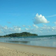 Отель Toff Lanta Guest House Ланта пляж