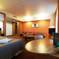 Отель AC Hotel by Marriott Riga Латвия, Рига - 5 отзывов об отеле, цены и фото номеров - забронировать отель AC Hotel by Marriott Riga онлайн комната для гостей фото 5