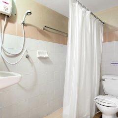 Отель Sawasdee Siam Таиланд, Паттайя - 1 отзыв об отеле, цены и фото номеров - забронировать отель Sawasdee Siam онлайн ванная фото 2