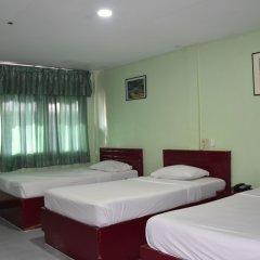Отель Woodlands Inn Таиланд, Бангкок - отзывы, цены и фото номеров - забронировать отель Woodlands Inn онлайн комната для гостей фото 4