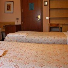 Отель Albergo Zoello Je Suis сейф в номере