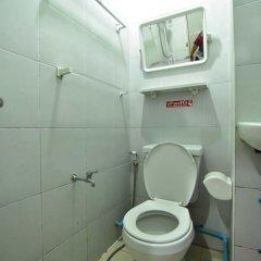 Отель Chaiwat Guesthouse Таиланд, Бангкок - отзывы, цены и фото номеров - забронировать отель Chaiwat Guesthouse онлайн ванная фото 2