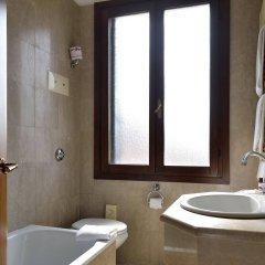 Отель Amadeus Италия, Венеция - 7 отзывов об отеле, цены и фото номеров - забронировать отель Amadeus онлайн ванная