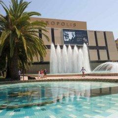 Отель ibis Styles Nice Vieux Port Франция, Ницца - 10 отзывов об отеле, цены и фото номеров - забронировать отель ibis Styles Nice Vieux Port онлайн бассейн