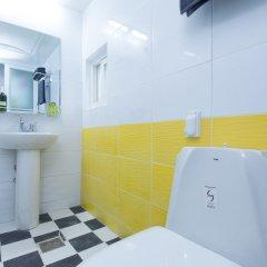 Отель Stay Now Guest House Hongdae ванная фото 2