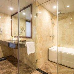 May De Ville Old Quarter Hotel ванная