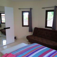 Отель Baan Kanittha - 4 Bedrooms Garden Villa комната для гостей фото 2