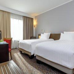 Отель Novotel Bangkok On Siam Square 4* Улучшенный номер с различными типами кроватей фото 12