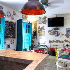Отель Hostal Pajara Pinta гостиничный бар