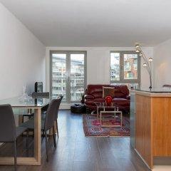Отель 2 Bedroom Flat In Holloway With Balcony And Courtyard интерьер отеля