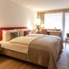 Отель Gstaaderhof Swiss Quality Hotel Швейцария, Гштад - отзывы, цены и фото номеров - забронировать отель Gstaaderhof Swiss Quality Hotel онлайн комната для гостей фото 3