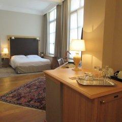 Hotel le Dixseptieme в номере