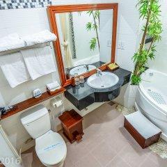 Отель Nhi Nhi Хойан ванная фото 2