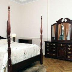 Отель Pecherskie Lipki Киев сейф в номере