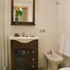 Отель Conilsol Hotel y Aptos Испания, Кониль-де-ла-Фронтера - отзывы, цены и фото номеров - забронировать отель Conilsol Hotel y Aptos онлайн ванная фото 2
