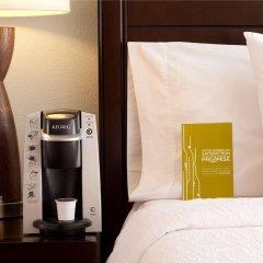 Отель Hilton Garden Inn Bethesda сейф в номере