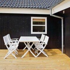 Отель Bork Havn бассейн