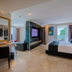 Отель Centara Grand Phratamnak Pattaya удобства в номере