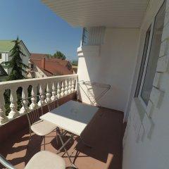 Гостиница Гостевой дом Александра в Сочи 3 отзыва об отеле, цены и фото номеров - забронировать гостиницу Гостевой дом Александра онлайн балкон