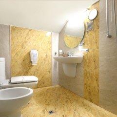 Отель Sv. Nikola Boutique Hotel Болгария, София - отзывы, цены и фото номеров - забронировать отель Sv. Nikola Boutique Hotel онлайн ванная фото 2