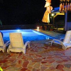 Отель Tahiti Surf Beach Paradise бассейн