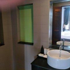 Отель Lanta Intanin Resort Ланта ванная