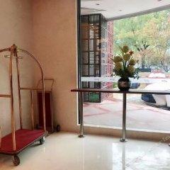 Отель Yitel Shanghai Jinqiao балкон