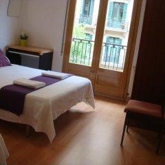 Отель Hostal Turis Alba Барселона комната для гостей фото 4