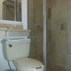 Costa De Oro Beach Hotel ванная