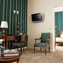 Hotel Mayfair Paris Париж комната для гостей фото 3