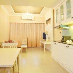 Отель The Raya Surawong Bangkok Бангкок в номере фото 2