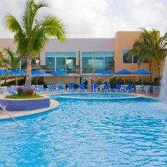 Отель Las Flores Beach Resort фото 9