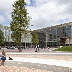 Отель Hampton by Hilton Amsterdam/Arena Boulevard Нидерланды, Амстердам - 2 отзыва об отеле, цены и фото номеров - забронировать отель Hampton by Hilton Amsterdam/Arena Boulevard онлайн спортивное сооружение