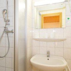 Отель Moosbichl Германия, Мюнхен - отзывы, цены и фото номеров - забронировать отель Moosbichl онлайн ванная фото 2