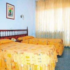 Отель Perello Испания, Льорет-де-Мар - отзывы, цены и фото номеров - забронировать отель Perello онлайн комната для гостей