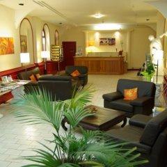 Отель Le Clocher de Rodez Франция, Тулуза - отзывы, цены и фото номеров - забронировать отель Le Clocher de Rodez онлайн интерьер отеля фото 3