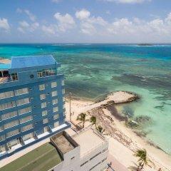 Отель Calypso Beach Колумбия, Сан-Андрес - отзывы, цены и фото номеров - забронировать отель Calypso Beach онлайн пляж фото 2