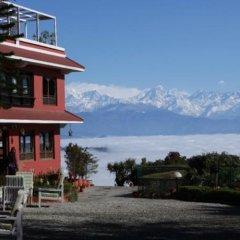 Отель Dhulikhel Lodge Resort Непал, Дхуликхел - отзывы, цены и фото номеров - забронировать отель Dhulikhel Lodge Resort онлайн приотельная территория фото 2